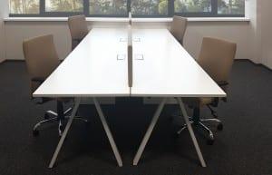 Darbuotojų baldai ALFA_V.  Keturios darbo vietos. Kėdės - CLASSIC.