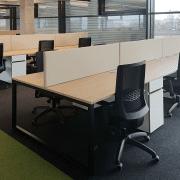darbuotojų darbo vietos_alfa o baldų serija_6