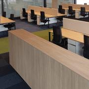 darbuotojų darbo vietos_alfa o baldų serija_5