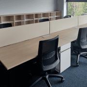 darbuotojų darbo vietos_alfa o baldų serija_3